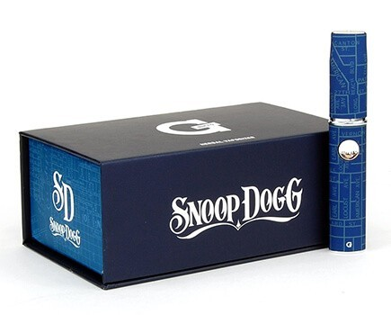 Snoop Dogg Micro G Pen next to a Box