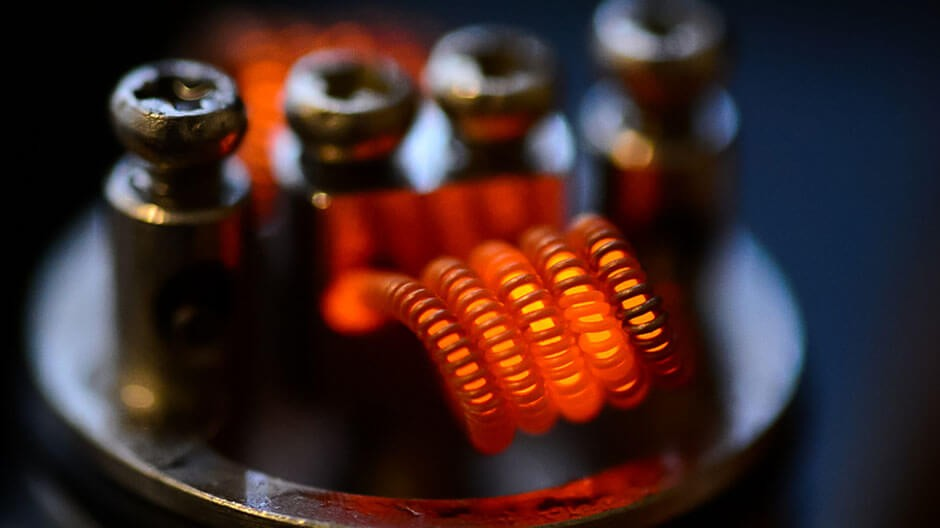 Vape box coil lit up in red as it gets power